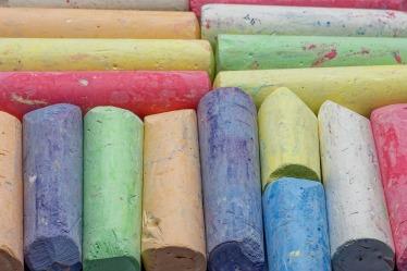 chalk-4559832_1920